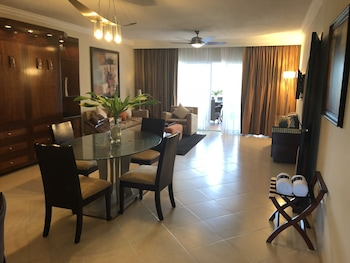 Lifestyle Kosher Presidential Suites