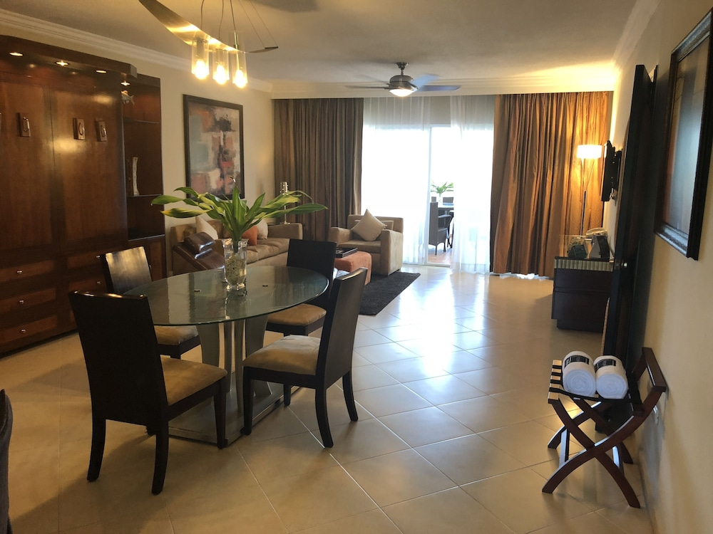 Lifestyle Kosher Presidential Suites: 2019 Pictures, Reviews, Prices