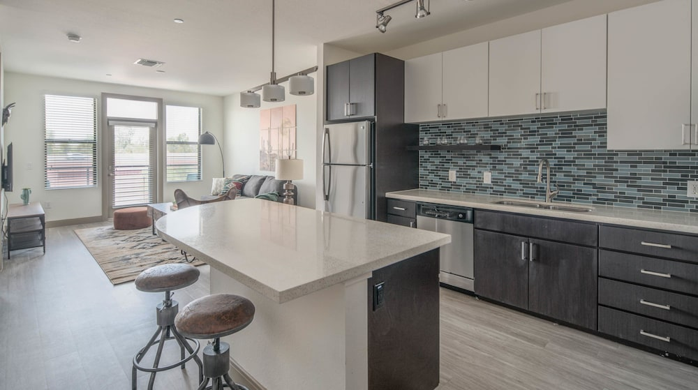 Private Kitchen, Luxe Tempe Apartments by WanderJaunt
