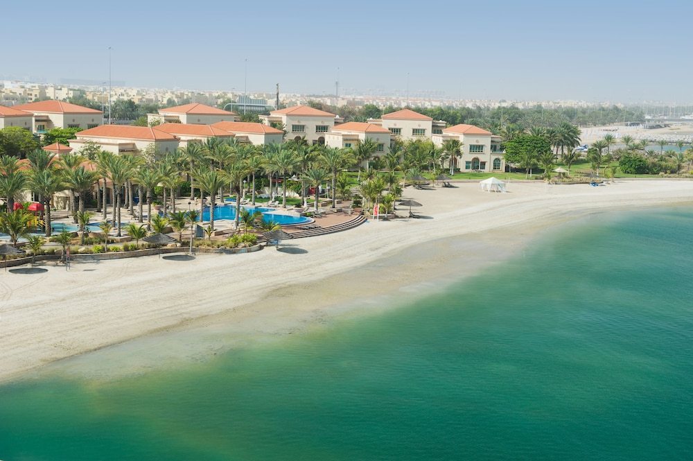 Al Raha Beach Hotel Villas 4 0 Out Of 5 Exterior Featured Image