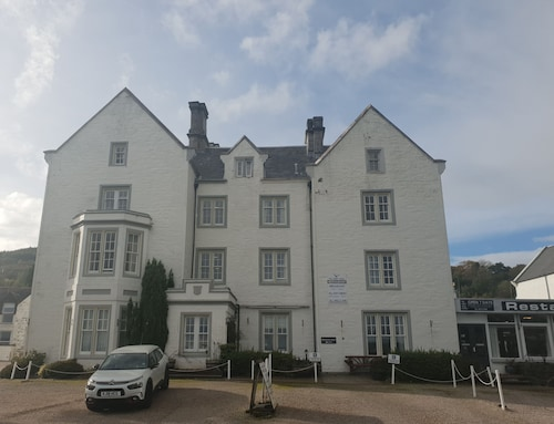 The Grey Gull Hotel