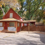 Great Remodeled Downtown Manitou Springs Home