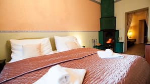 Premium bedding, minibar, desk, cribs/infant beds