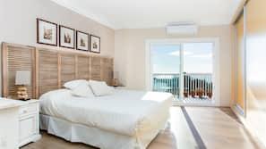 3 dormitorios, cortinas opacas, cunas o camas infantiles (de pago)