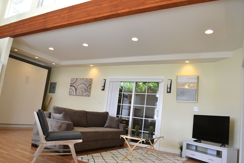 Featured Image Guestroom Guestroom Guestroom Living Room