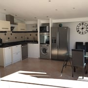 Semi-detached House 3 Bedrooms 8 Persons max Proche mer