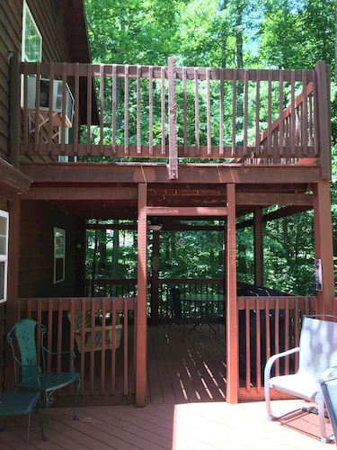Balcony, 3 Bedroom 3 Bath Home Close To Star Point Marina On Beautiful Dale Hollow Lake