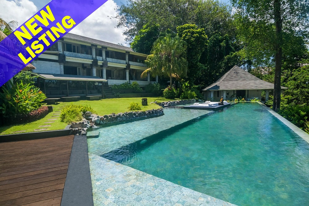 Jungle Thema Slaapkamer : Rumah matisse 5 bedroom villa by the beach river and jungle views