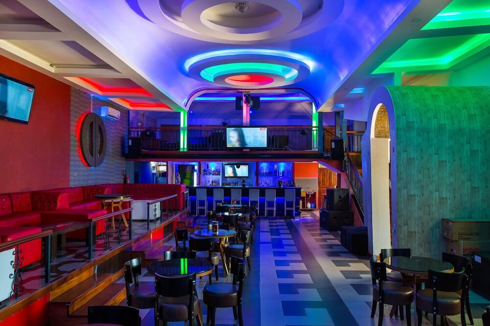 Sports Bar, Nokras Riverine Hotel & Spa
