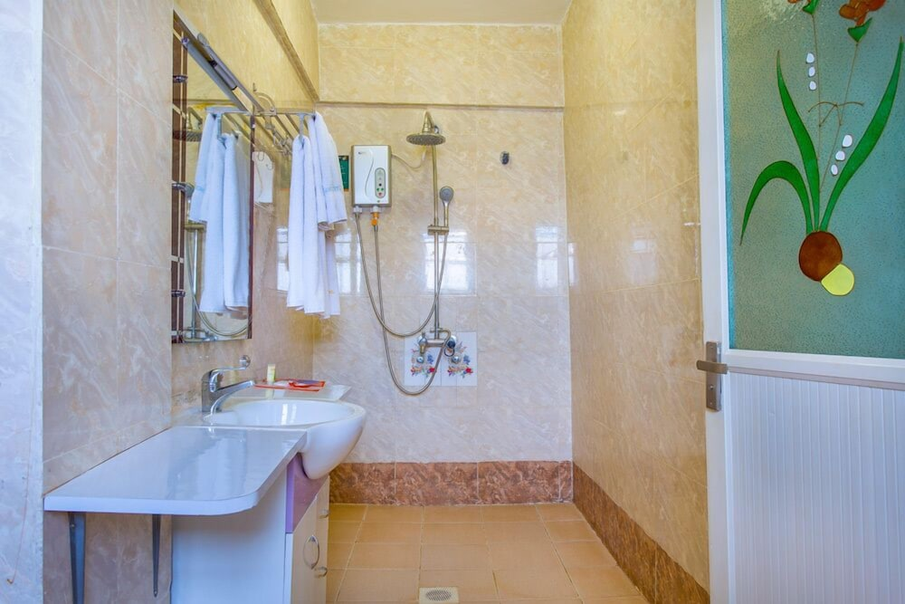 Bathroom, Nokras Riverine Hotel & Spa