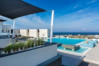 Tholos, Oia, Santorini, 84702, Greece.