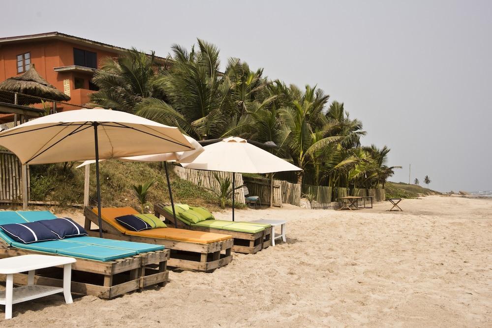 Cliff Haven Beach Resort In Nyanyanu Hotel Rates Reviews On Orbitz