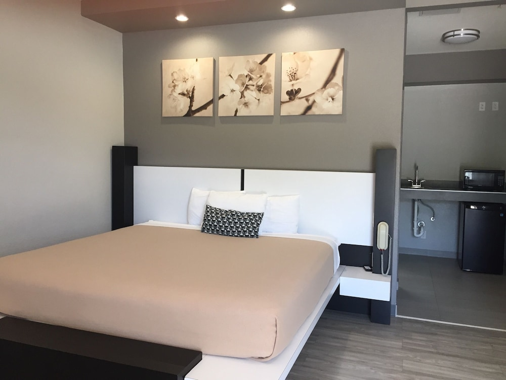 Crystal Inn: 2019 Room Prices , Deals & Reviews   Expedia