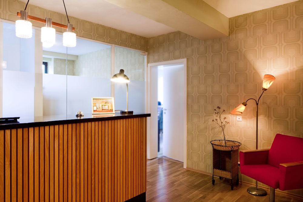 Die Wohngemeinschaft Hostel Köln Hotelbewertungen 2019 Expediade