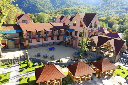 Abago Mountain Hotel