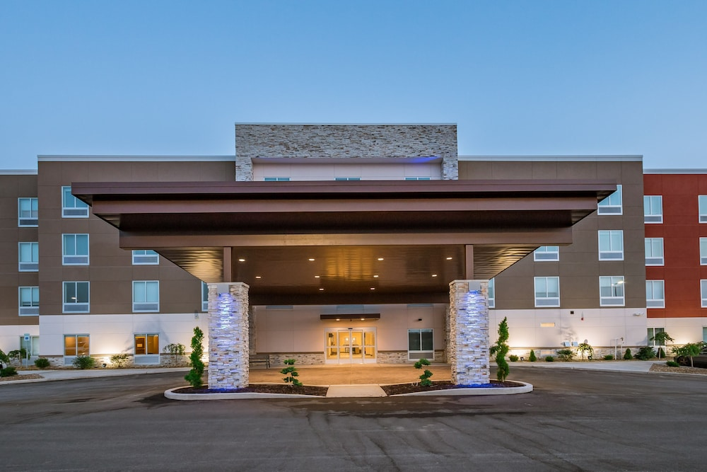 Exterior, Holiday Inn Express & Suites South Bend - South, an IHG Hotel