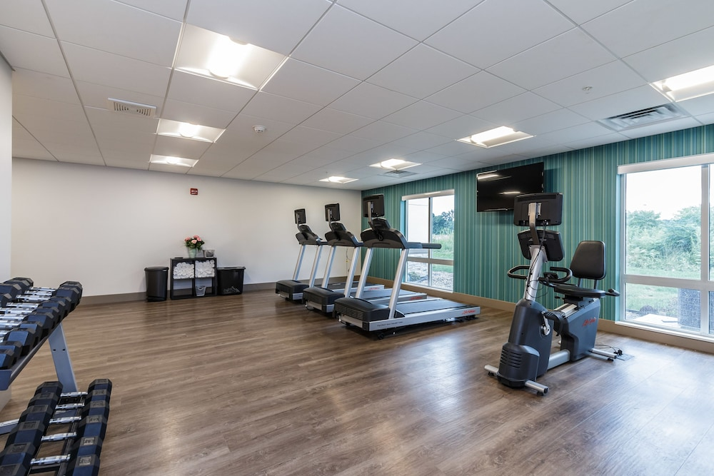 Fitness Facility, Holiday Inn Express & Suites South Bend - South, an IHG Hotel
