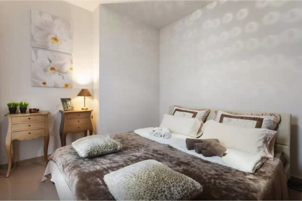 Pure Buddha Apartment Sitges, Sitges: Hotelbewertungen 2018 | Expedia.de