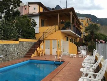La Villa Pina