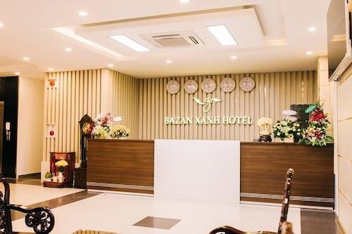 巴贊玄旅館