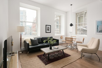 Charming 2BR in Old Montreal by Sonder