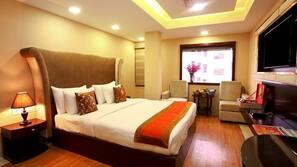 1 多间卧室、高档床上用品、迷你吧、保险箱