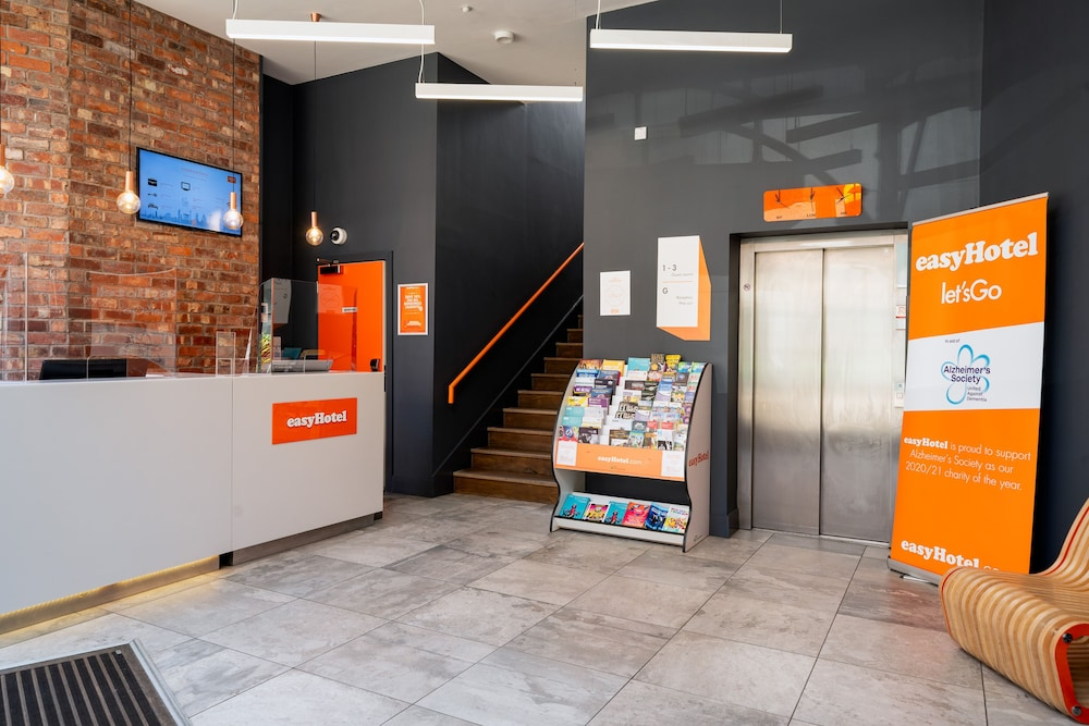 Reception, easyHotel Birmingham