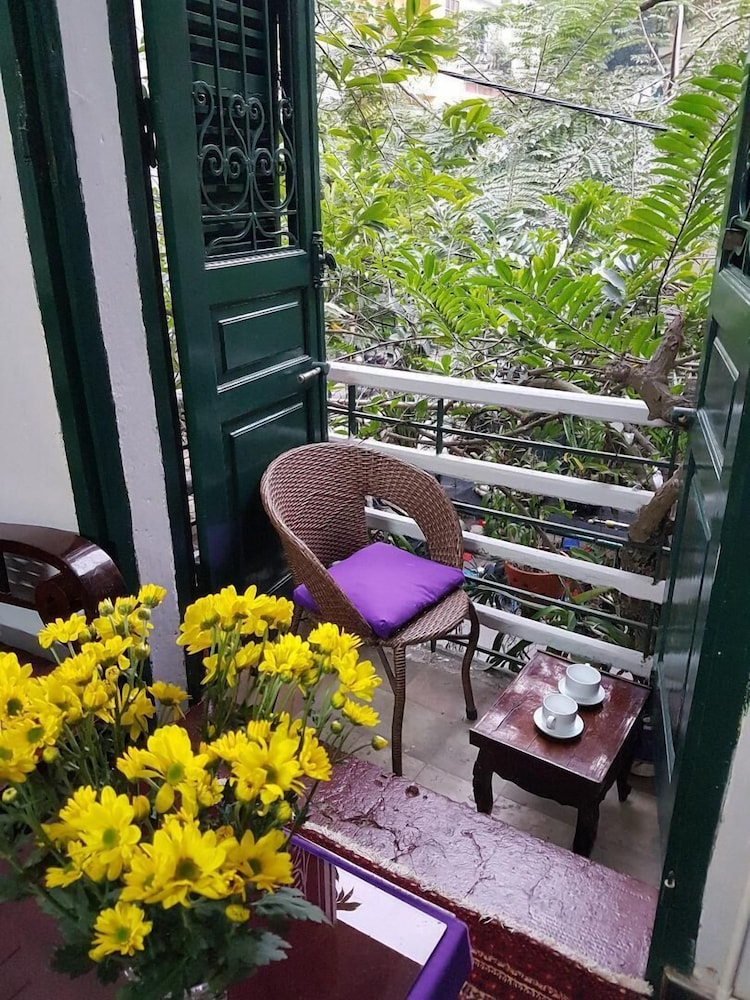 Ylangylang homestay hanoi 2018 reviews hotel booking expedia balcony view featured image guestroom balcony bathroom hotel mightylinksfo