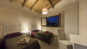 2 camere, una cassaforte in camera, una scrivania, insonorizzazione