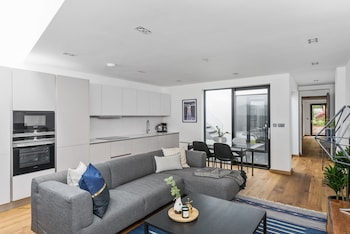 Sunny 2BR in King's Cross by Sonder