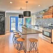Remodeled Arlington Home Mins to At&t Stadium!