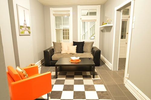 Great Place to stay Lovely Apartment on The Hill! Free Wifi & Roku TV! near St. Louis