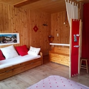 Chalet With one Bedroom in Samoëns, With Furnished Garden and Wifi