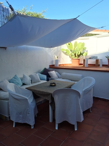 House With 2 Bedrooms in Rosa Marina, With Enclosed Garden and Wifi - 20 m From the Beach