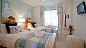 3 bedrooms, premium bedding, free WiFi