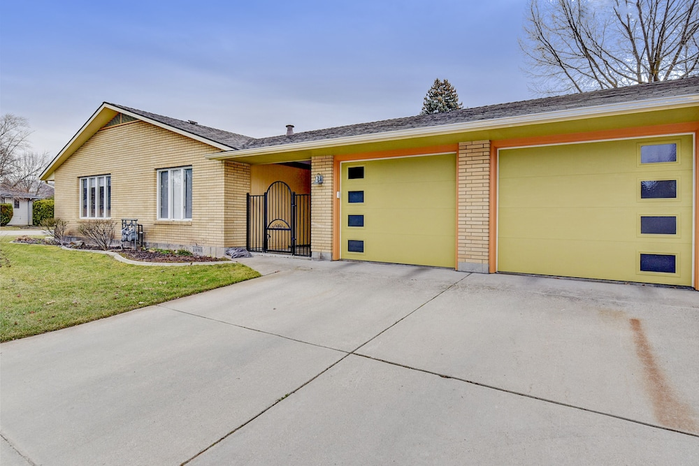 Exterior, Beautifully Updated. Convenient Central Boise Location