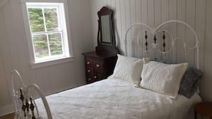 2 slaapkamers, een strijkplank/strijkijzer, babybedden, wifi