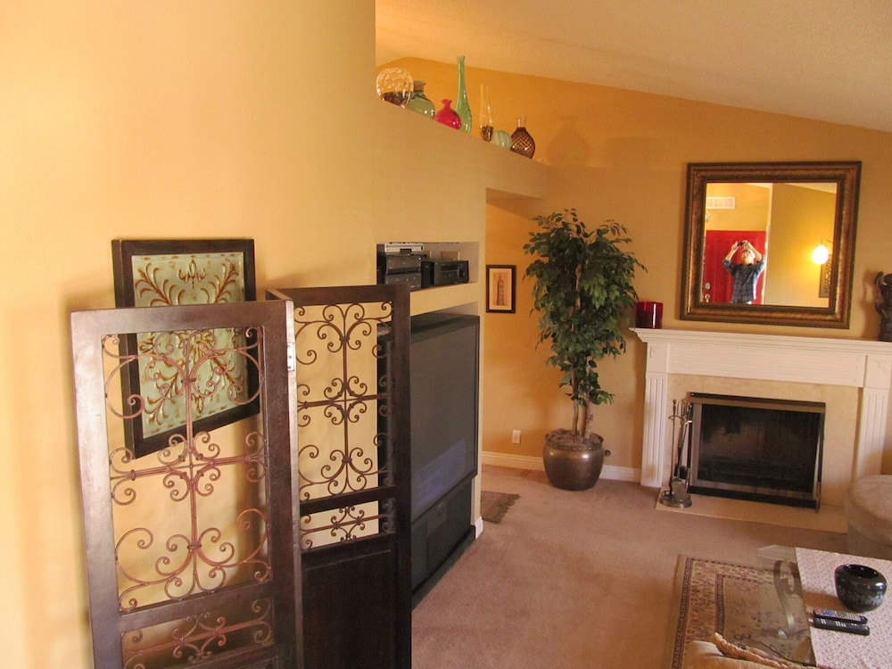 Living Room, Perfect Location, Quiet, Clean, Game-room, Piano, Just Minutes West of the Strip