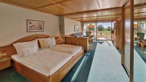 2 Schlafzimmer, Allergikerbettwaren, Zimmersafe, Schreibtisch
