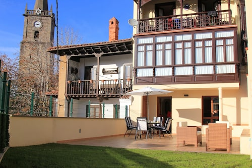 Ground Floor Apartment in the Historic Center of Comillas With Private Terrace