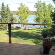 Lake Leelanau Waterfront With Dock and Panoramic Views. Close to Everything!