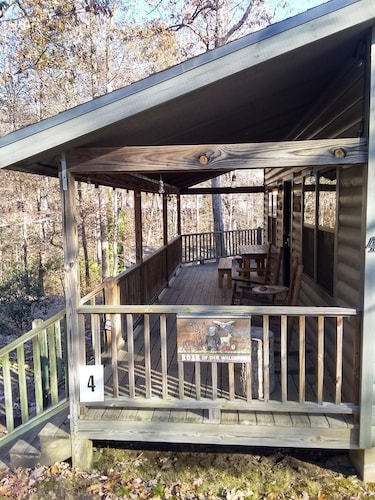 Balcony, Cozy Cabin With Hot tub - Short Walk to Downtown