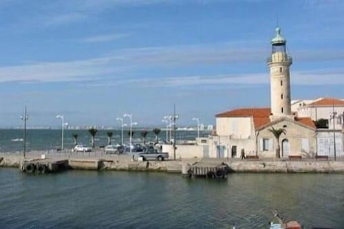 Office de tourisme le grau du roi port camargue d couvrez montpellier avec - Office du tourisme grau du roi ...