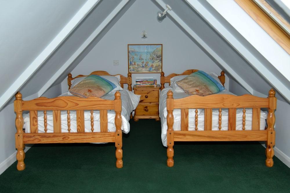 4997ad1749ecd Casa Grande de la Familia Junto a la Playa en la Bahía de Treyarnon 0.0 de  5.0. Imagen destacada Habitación Habitación ...