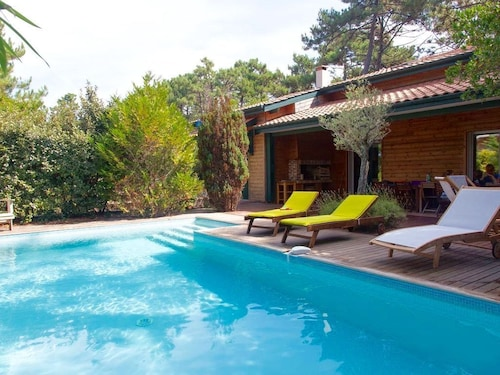 Large Villa With Heated Swimming Pool, Pond and Ocean Walk. A Haven of Peace