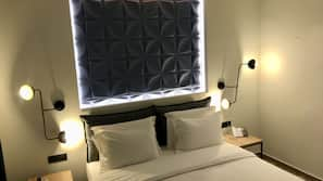 Hypo-allergenic bedding, in-room safe, blackout drapes
