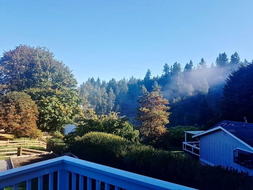 Great Place to stay Stylish Abode in Picturesque Duvall near Duvall