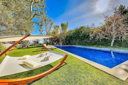 Luxury Celebrity Bel Air Estate With Pool