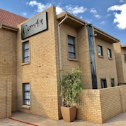 Camelot Self-Catering Apartments