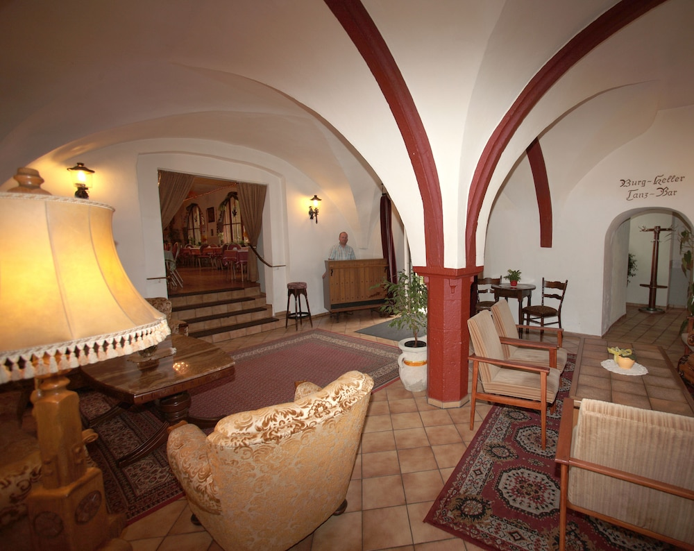 Hotel Kurfuerst Kamp in Kamp-Bornhofen | Hotel Rates & Reviews on Orbitz